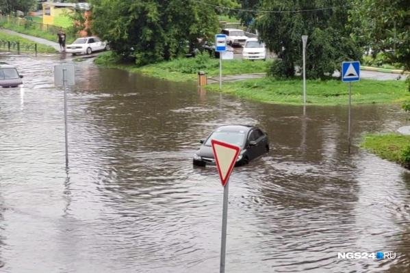 Второй день в Красноярске, практически не прекращаясь, идет дождь