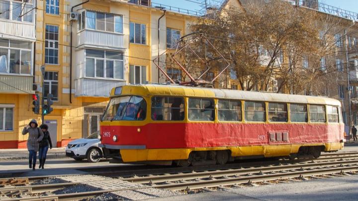 Авария парализовала движение трамваев в Волгограде