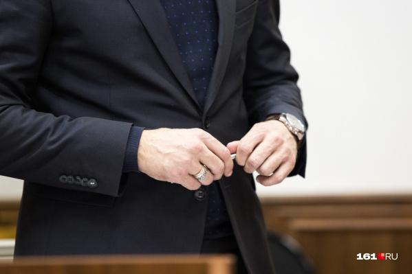 Суд приговорил его к 9 годам колонии общего режима