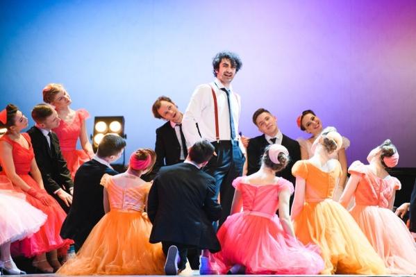 Марат Мударисов в роли Жоржи в спектакле «Винил» Театра-Театра — за нее он получил «Лучшую мужскую роль»