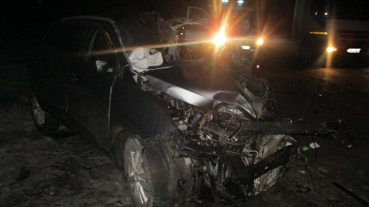 Водитель из Курской области погиб под Переславлем, врезавшись в фуру