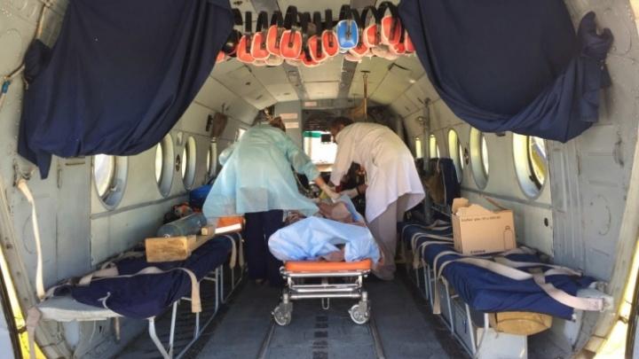 На расстоянии 10 километров и с аппаратом ИВЛ: сколько стоит санавиация в Тюменской области