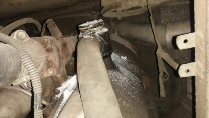 Автобусные войны: ачинскому перевозчику насыпали сахар в бензобаки и парализовали его работу