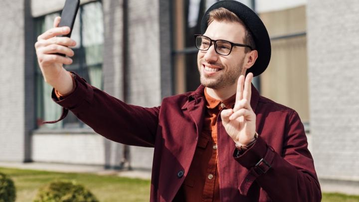 Снимать как блогер: теперь делать клипы во «ВКонтакте» с помощью жестов сможет каждый