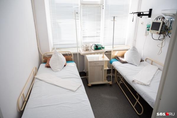 В тяжелом состоянии на аппаратах ИВЛ 151 человек