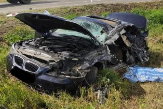 В Ордынском районе КАМАЗ врезался в BMW — один из водителей погиб на месте