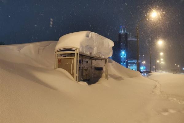 Норильск утопает в снегу
