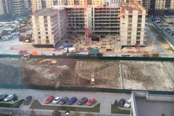 Власти говорят, что строительство за счет бюджетных средств не предусмотрено