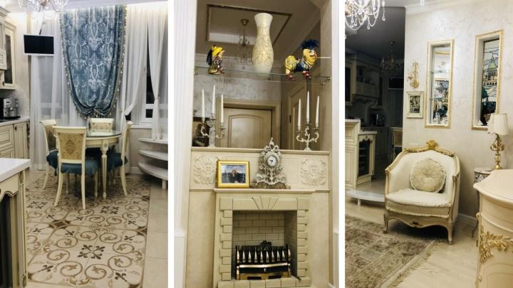 На Волочаевской продают квартиру с авторскими витражами и биокамином за 12 миллионов
