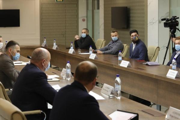 Встреча властей и бизнеса состоялась сегодня днем в правительстве Архангельской области