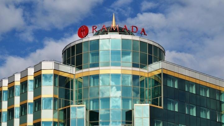 Отель Ramada, где сейчас лежат бессимптомные пациенты с COVID-19, назвал дату открытия для гостей