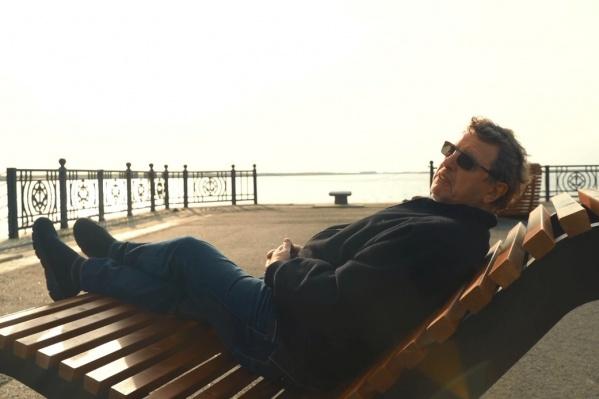 Часть съемок нового выпуска влога прошла на набережной Северной Двины