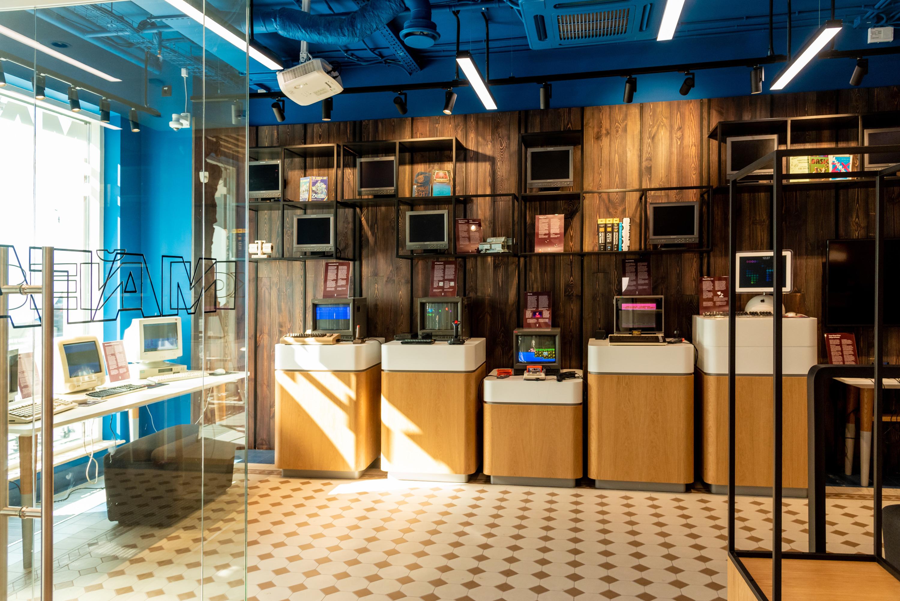 Музей старых компьютеров и приставок