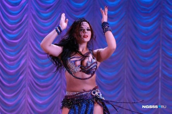 Марина исполняла танцы живота и преподавала их в Омске