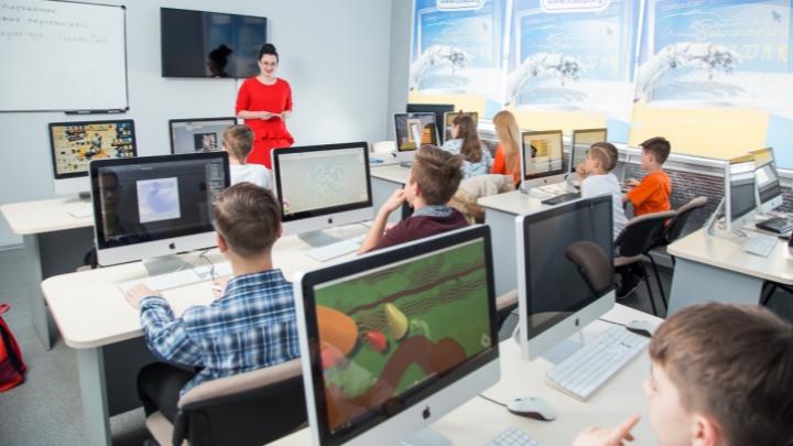 Без зубрежки и нудных уроков: в Челябинске открылись IT-курсы для школьников