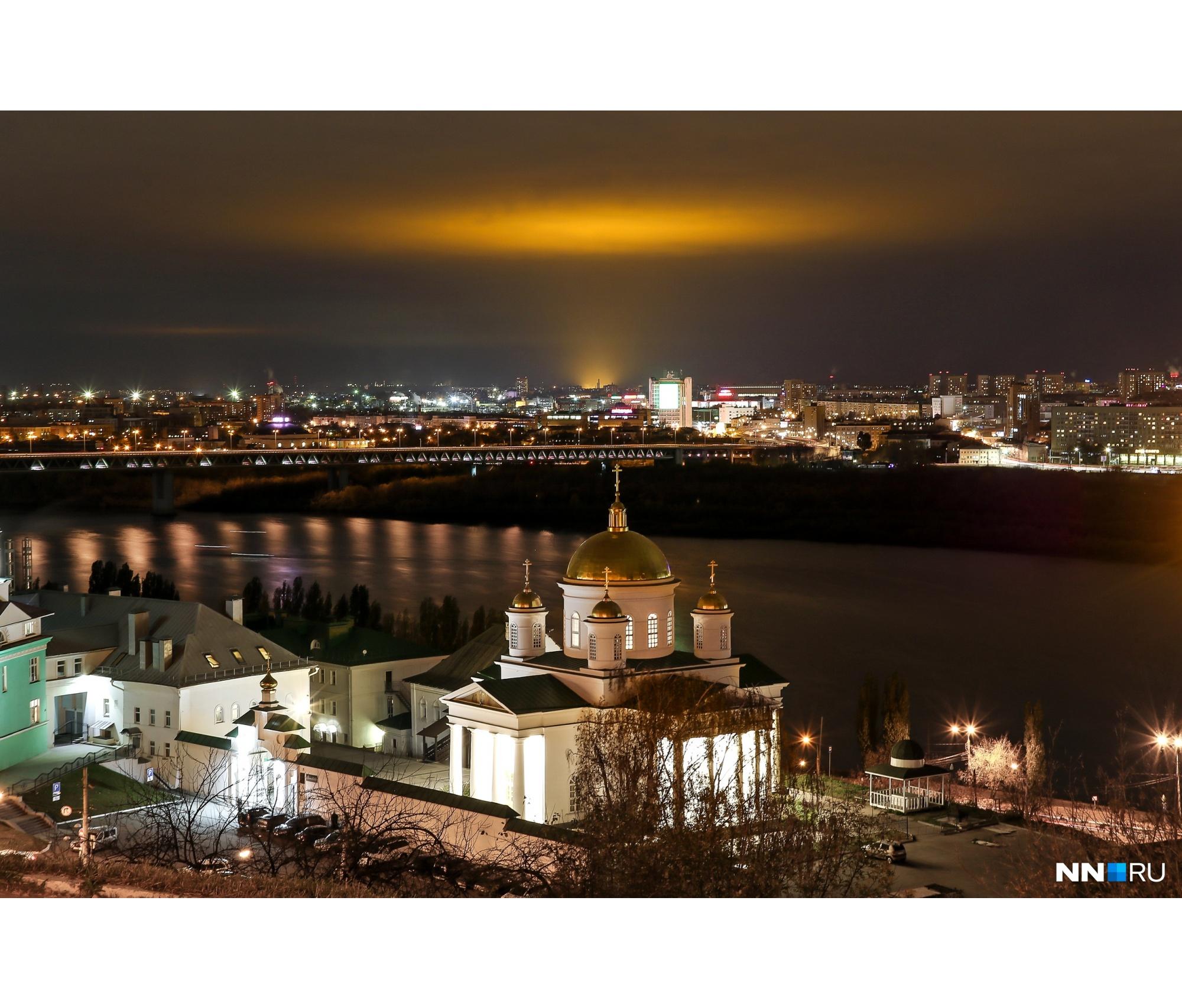 Фотографии свечения заполнили нижегородские паблики