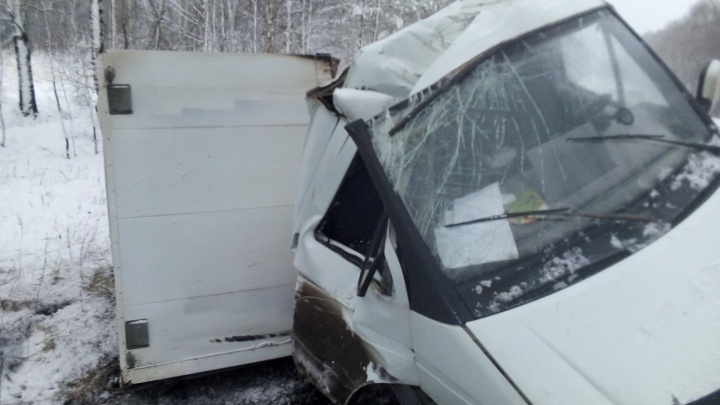 Автомобили в кювете и пострадавший ребенок: десятки ДТП произошли в Нижегородской области за сутки