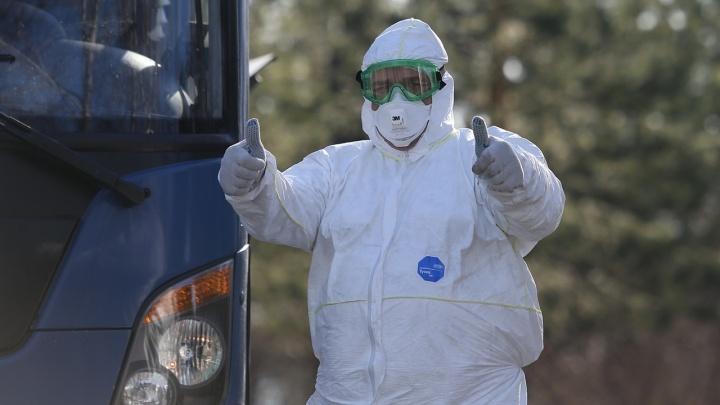 «Есть ли пандемия, или это фейк? Да»: журналист нашёл ответы на самые острые вопросы о COVID-19