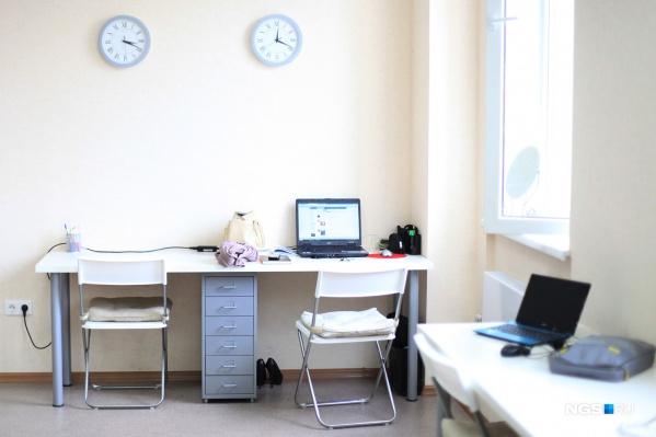 Офисы уже опустели, а некоторые из них ещё долго могут не заполниться работниками