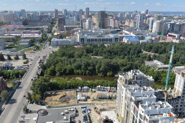 Вход появится со стороны набережной на Горького