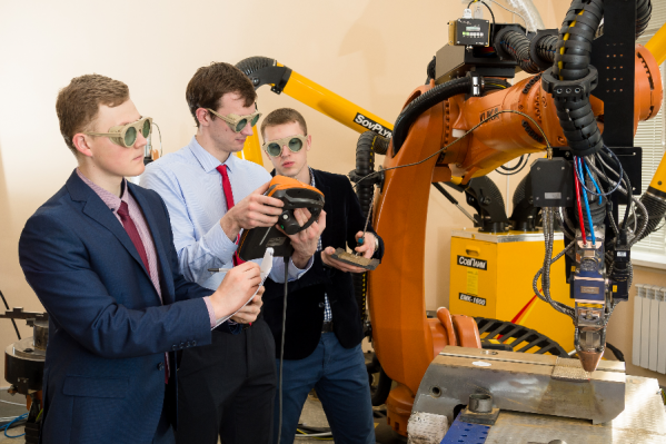 В ЮУрГУ для подготовки специалистов разработаны новые программы обучения и созданы центры для отработки практических навыков