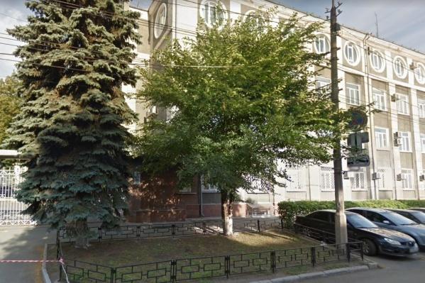 Полицейский работал в Челябинске