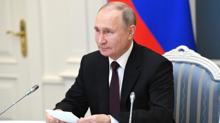 «Сами нюхали?»: Путин спросил Текслера про свалку в Челябинске