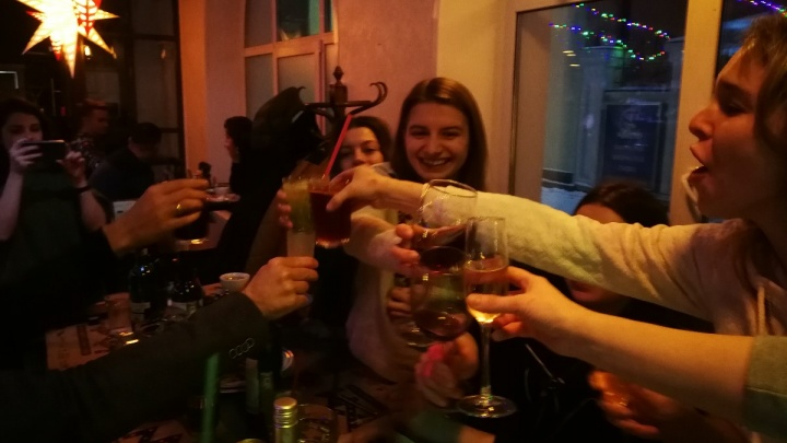 Суд оштрафовал красноярца, который в разгар пандемии устроил шумную вечеринку