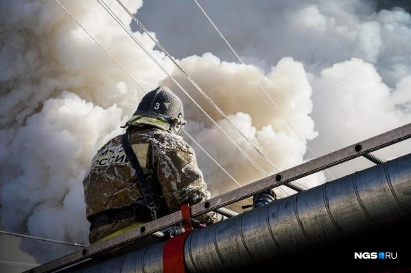 Устройство само вызвало пожарных, когда обнаружило задымление на кухне, и разбудило подростка
