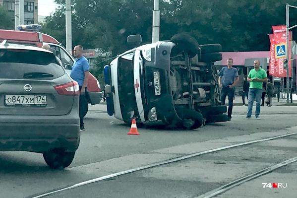 ДТП произошло днём во вторник на перекрёстке в Магнитогорске