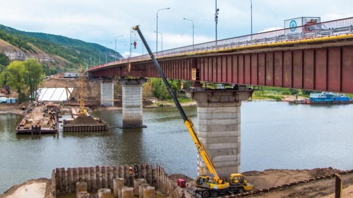 Строители моста через Сок начали собирать пролёты