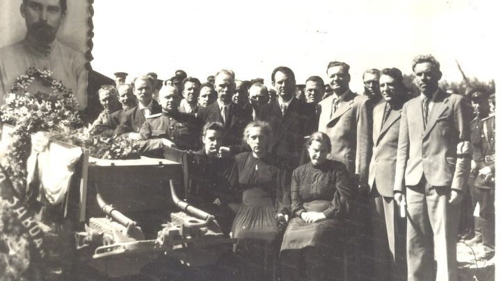 История одного фото: как могила Николая Щорса оказалась в Самаре