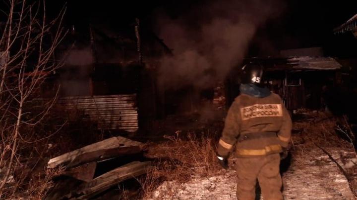 В Башкирии в огне сгорела целая семья: молодые родители и двое маленьких детей