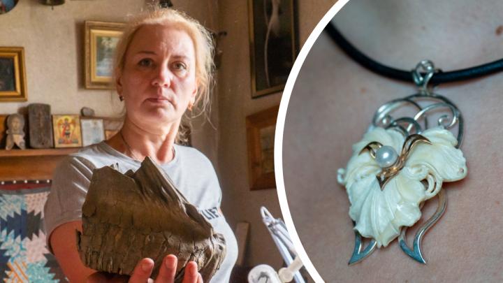 «Сколько это лежало в мерзлоте!»: в Архангельске создают уникальные украшения из бивня мамонта