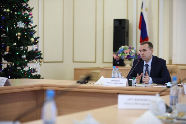Административная реформа коснулась уже нескольких муниципальных образований Курганской области. Вадим Шумков сообщил, что это позволило сократить количество чиновников