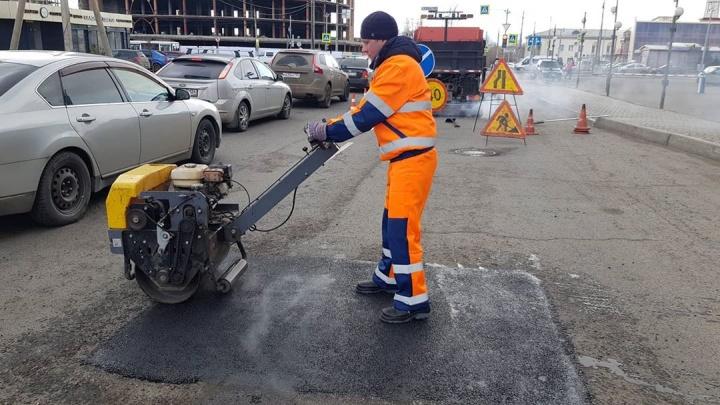 «Город не брошен»: в Красноярске начался ремонт дорог