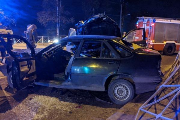 В аварии участвовали два автомобиля