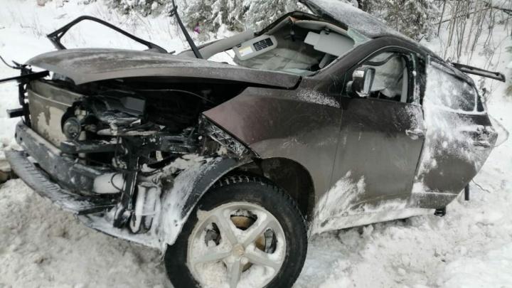 На тюменской «трассе смерти» в ДТП погибла семья: родители и двое детей скончались на месте