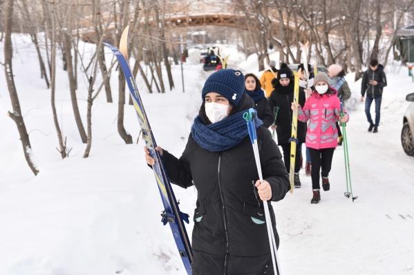 Родители пугают друг друга в чатах, что в Новосибирске есть заболевшие дети