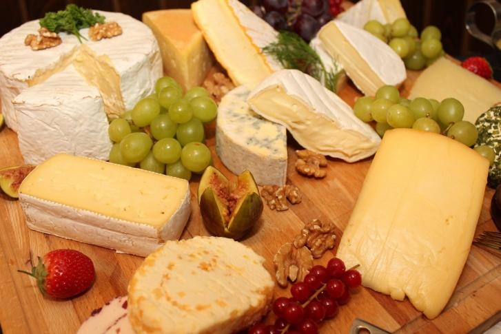 Покупателям представят более 20 сортов сыра