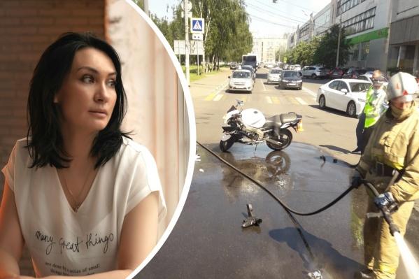 Мотоциклист столкнулся с легковушкой и перелетел через машину