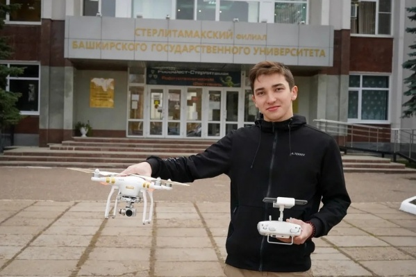 Пары с VR очками, создание приложений, киноклуб и студенческие отряды — малая часть доступных студентам СФ БашГУ возможностей для саморазвития