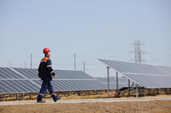 Солнечная электростанция способна выдавать 15 мегаватт мощности