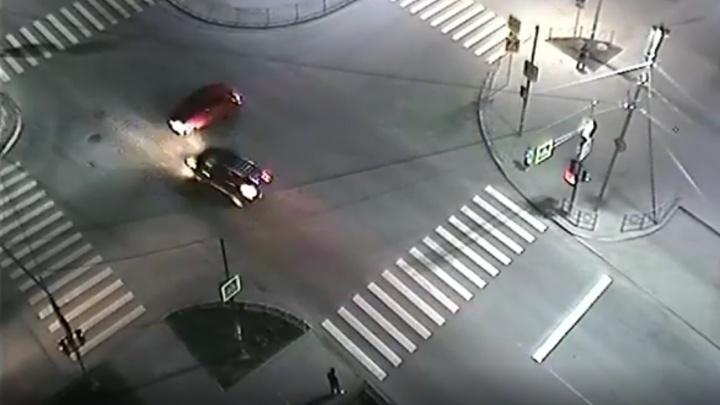 Volkswagen летел по встречке: появилось видео аварии в Березовском