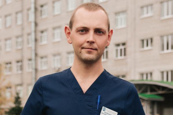 Дмитрий Шелкошвеев не раз видел травмы упавших детей