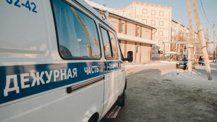 В Тюмени наркоман угнал машину из автосалона, попал на ней в ДТП и уснул за рулем