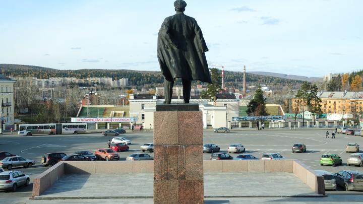 Коронавирус проник в закрытый город Свердловской области. Публикуем новую карту