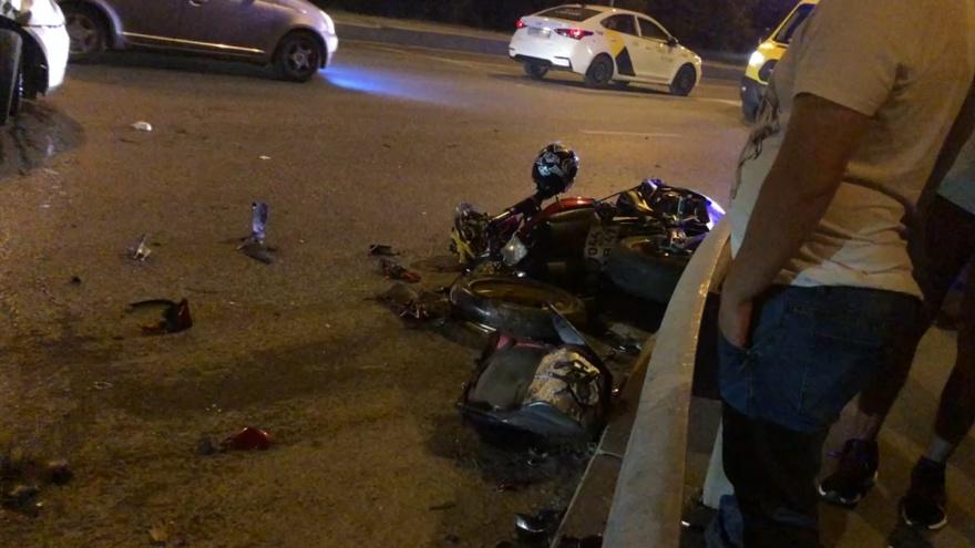 Пострадавшие в ДТП с мотоциклом в Тюмени находятся в реанимации