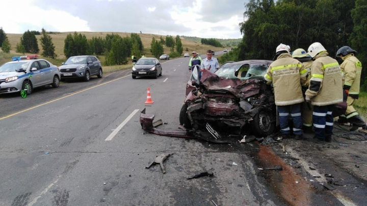 Два человека погибли в ДТП на трассе в Башкирии