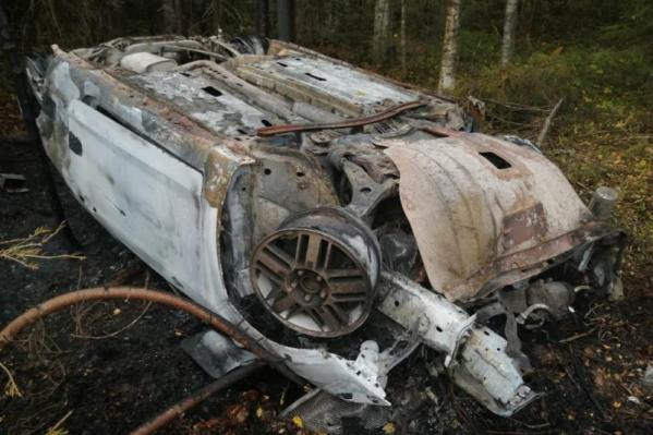 После аварии автомобиль превратился в груду железа
